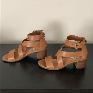 Steve Madden Shoes - Steve Madden sandals size 6.5
